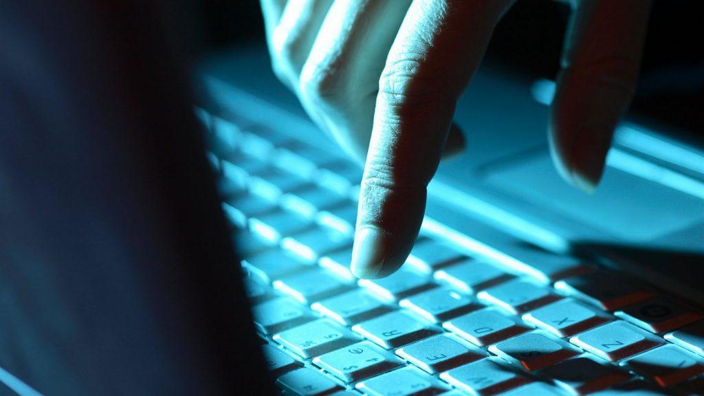 Prevent Pornographic Virus Alert From Microsoft